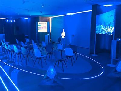 Presentador virtual para Roadshow Médico